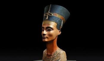 Загадки Нефертити