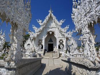 Ват Ронг Кхун (Белый храм) в Таиланде