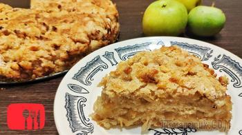 Насыпной пирог из яблок и груш