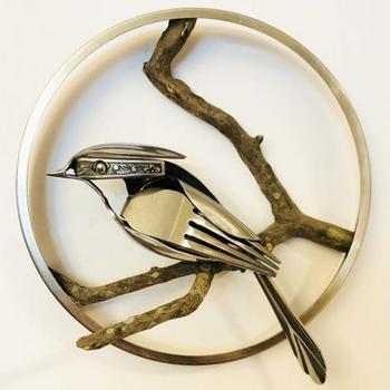 Скульптуры птиц из старых вилок и ложек