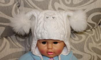 Вязание шапочки для девочек спицами и крючком с описанием
