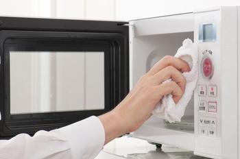 9 секретов, которые помогут убрать кухню с быстротою молнии