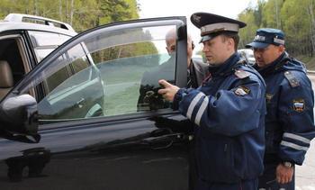 Какие автомобили гаишники останавливают чаще всего: Как избежать подобного