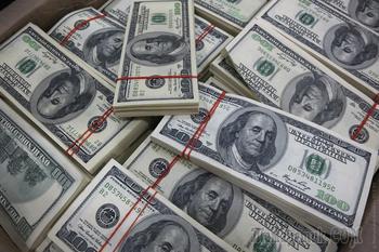 «С 2008 года доллар вырос почти в 10 раз, а мне говорят, что это не форс-мажорные обстоятельства»