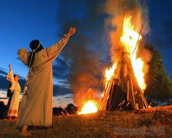 «Молитвы славянским богам»: как они помогали нашим предкам?