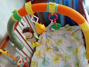 Мастерим подвесную игрушку на коляску и кроватку