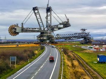 5 гигантских машин нового уровня, размеры которых не укладываются в голове