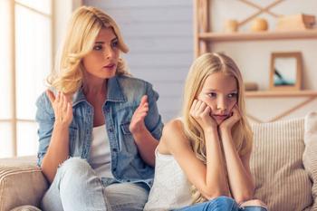 Дети учатся на примере: 5 важных вещей, которые родителям нельзя делать при ребенке