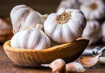 Всемогущий чеснок — 10+ полезных целебных свойств
