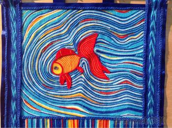Делаем декоративный коврик «Золотая рыбка» по технологии ленивый гобелен