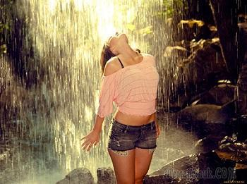 Дождь предосенний (Стих)