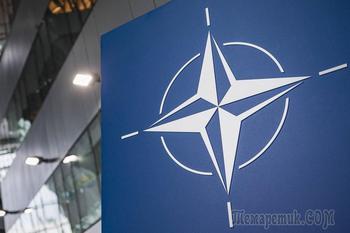 «Отношения сузились и скукожились»: Россия сворачивает миссию в НАТО