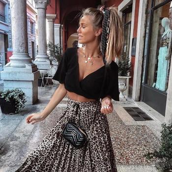 Создайте неповторимый и стильный образ! 18 примеров с чем носить юбку летом