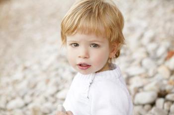 5 удачных имен для мальчиков со светлыми волосами
