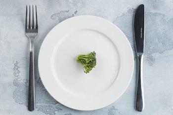 Плюсы и минусы периодического голодания