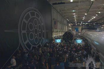 18 новых подробностей об огромной лунной ракете Илона Маска