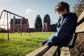Как обезопасить ребенка от преступников на улице?