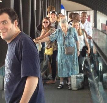 25 смешных вещей, которые можно увидеть только в аэропорту