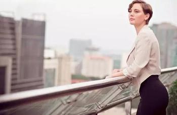 10 причин, почему многие мужчины не могут справиться с сильной женщиной