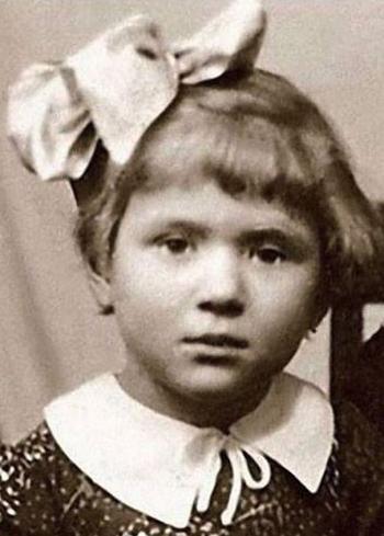 Два брака и одиночество Галины Польских: Почему актриса, в которую мужчины влюблялись без оглядки, так и не смогла устроить личную жизнь?