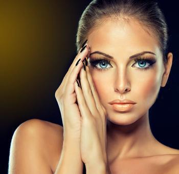 Золотой макияж для блеска ваших глаз