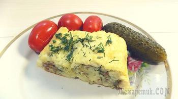 Рулет из картофельного пюре с фаршем и сыром