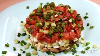 Рыбный салат с небольшим количеством ингредиентов