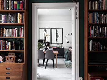 Квартира с интересными ретро интерьерами в Стокгольме