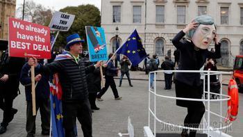 Мэй спасло чудо: что будет с Британией
