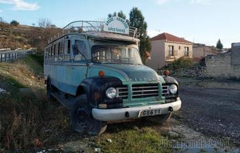 Правый руль, горы и русские мигранты: автомобильная жизнь на Кипре