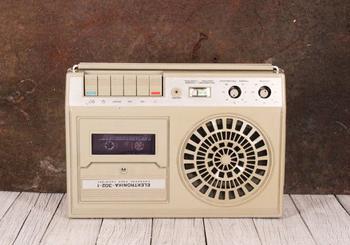 Кассетный магнитофон СССР: надежность, качество и ностальгия
