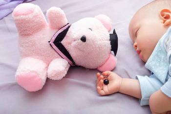 5 самых опасных игрушек для детей до 3 лет