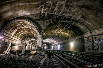 7 станций — призраков Парижского метро