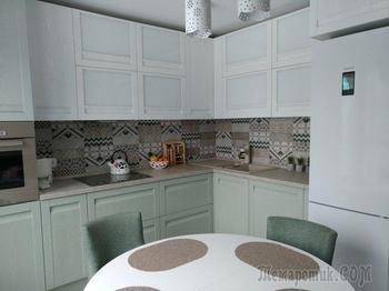 «К дизайнерам мы не обращались». Посмотрите, какой ремонт кухни можно сделать за 15 тысяч рублей