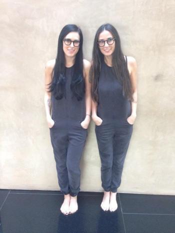 Дочки знаменитостей, которым от мам досталось 100 % внешности