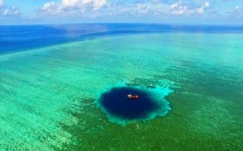 Синие дыры планеты Земля