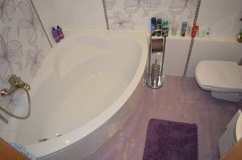 Ванная: поставили душевую кабину, но и от ванны не отказались