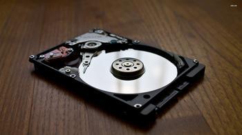 Почему жесткий диск щелкает? Основные причины и способы устранения проблемы