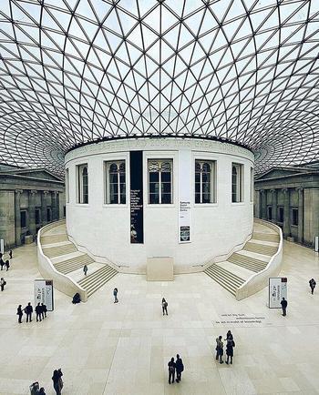 12 крупнейших музеев мира, которые можно посетить, не вставая с дивана