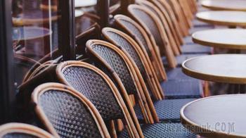Сколько стульев в кафе
