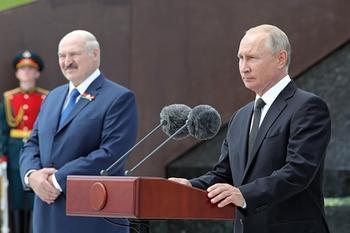 Лукашенко назвал Путина единственным другом