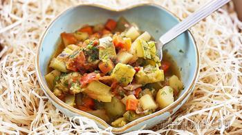 Овощное рагу с кабачками, картошкой