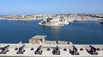 Мальта назвала получивших «золотые паспорта» россиян
