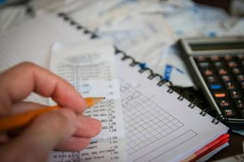 7 признаков того, что вы умеете обращаться с деньгами