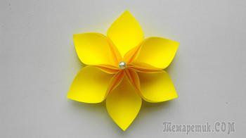 Мастерим бумажный цветок - простой элемент декорирования