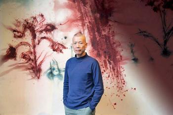 Картины, написанные порохом и инопланетные проекты: Искусство-взрыв китайского художника Цая Гоцяна