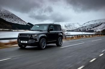 Новый Land Rover Defender V8: Атлетичный проходимец