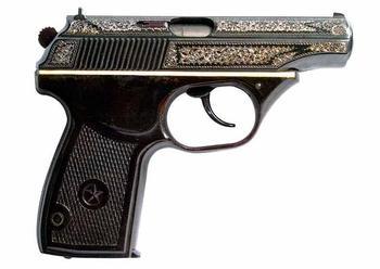 Экспериментальный пистолет Макарова с полимерной рамкой