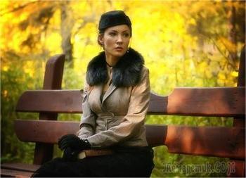 Мы с осенью на лавочке сидели (Стих)
