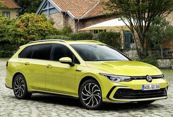 Volkswagen Golf Estate (универсал) 2021: многопрофильный автомобиль в полноприводной комплектации